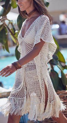 crochet beach dress The item was made of cotton yarn. Crochet Beach Dress, Crochet Summer Dresses, Summer Beach Dresses, Summer Beach Looks, Summer Outfits, Crochet Skirts, Boho Sommer Outfits, Boho Outfits, Hippie Dresses