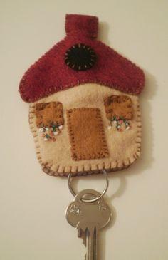 felt house key holder