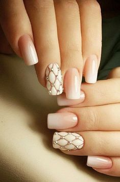 Try out something different for every one of your nails and you will be surprised. You may also customize your nails a lot simpler. In the event the nail is short it is far better to go for a design acceptable for that nail. Fake nails may also have art. Sexy Nails, Fancy Nails, Cute Nails, Pretty Nails, Beautiful Nail Designs, Cute Nail Designs, Beautiful Nail Art, Nail Art Diy, Easy Nail Art