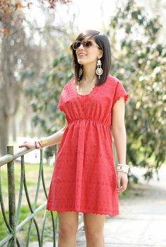 Charming red: Lace dress & Flower flats #lauracomolli #pursesandi #fashion #fashionblogger #style #outfit #look #red #mariannacasciello #red #salylimon #gioya #turin #ss2013 #spring #red #happy #smile #girl #cute #beauty #beautiful #soniarykiel #sangallo #pizzo #nature www.pursesandi.net