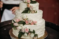 Rustic Wedding Cake | Kumeu Valley Estate | Auckland Wedding | Katrina Cooke Photography #weddingcake #rusticcake #rusticwedding Wedding Cake Roses, Amazing Wedding Cakes, Rustic Cake, Rose Cake, Rustic Wedding, Desserts, Food, Tailgate Desserts, Dessert