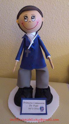 Fofucho Primera Comunión chaqueta azul y pantalón gris/Fofucho doll First Comunion boy dressed in blue and grey