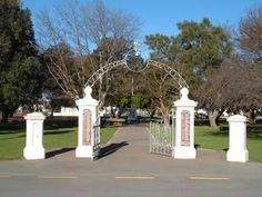 Martinborough First World War memorial | NZHistory, New Zealand history online