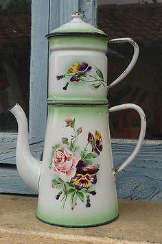 belle cafeti re maill e ancienne d cor de fleurs in art antiquit s objets du xix me et avant. Black Bedroom Furniture Sets. Home Design Ideas