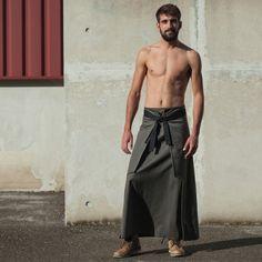 gay punk tube défilé de mode homme nu