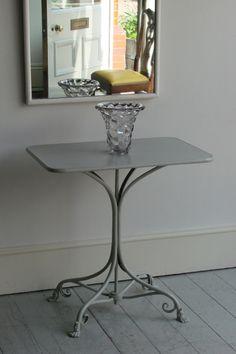 VICTORIAN GARDEN TABLE - Howe