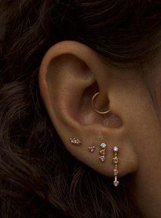 Mens Women Vintage Stainless Steel Grid Mesh Ear Cuff Ear Clip Non-Piercing Clip On Earrings - Custom Jewelry Ideas Ohrknorpel Piercing, Cute Ear Piercings, Piercings For Small Ears, Three Ear Piercings, Rook Piercing Jewelry, Ear Jewelry, Cute Jewelry, Body Jewelry, Jewelry Ideas