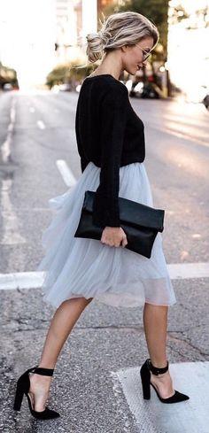 2f2b648a21d 10 outfits en blanco y negro para cualquier ocasión. Autumn Wedding  OutfitChurch ...