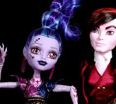 "Kieran Valentine and Djinni ""Whisp"" Grant Monster High Villains San Diego Comic-Con Exclusive Dolls 2-Pack, 2015"