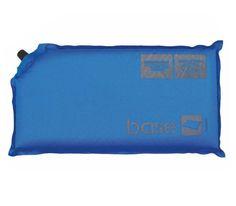 Ligera almohada auto-hinchable básica para garantizar un buen sueño. Revestimiento de poléster y PVC. Válvula de plástico. Juego de reparación incluido.