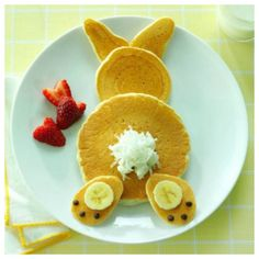Bunny Pancakes so cute. Pancake Breakfast, Pancake Stack, Pancake Art, Bunny Pancake, Kids Birthday Breakfast, Breakfast Kids, Birthday Pancakes, Morning Breakfast, Cute Breakfast Ideas