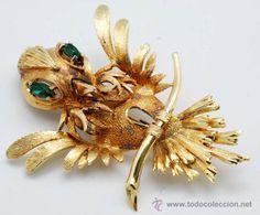 Bird brooch in silver plated with strass 50's / Joyas en todocoleccion