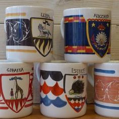 Mug Contrade Palio di Siena. Mugs with the decoration of the 17 districts of the Palio di Siena.  https://italiacrafts.sharetribe.com/en/listings/251449-mug-contrade-palio-di-siena