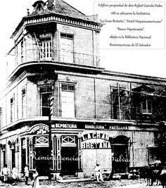 """Edificio  ubicado frente a la Plaza Barrios, propiedad de don Rafaél Guirola Duke, el cual heredo  doña Violeta Guirola Meléndez de Avila, alli se ubicaron la """" Sorbeteria La Gran Bretaña"""", """"Hotel Hispanoamericano"""" """"Banco Hipotecario"""" y ahora es la Biblioteca Nacional"""