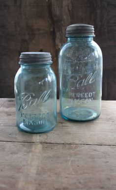 I love my collection of Ball jars; pretty color and I went to Ball State! Vintage Mason Jars, Vintage Bottles, Bottles And Jars, Glass Bottles, Ball Mason Jars, Bath And Beyond Coupon, Decorated Jars, Canning Jars, Mason Jar Crafts
