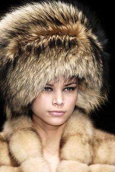7wa 038 Vintage Fur Fabulous Furs Cool Hats Collars