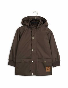 Mini Rodini's much appreciated all-round jacket in dark brown with BIONIC-FINISH® ECO coating.