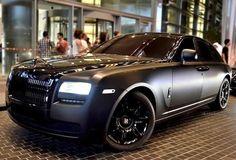 Rolls Royce Phantom, experimental V16 engine, made by BMW
