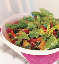 Requiring a scant 20 minutes of prep time, chef Don Jakubowskis flavorful starter salad delivers more than a burst of color: The spinach packs beta-carotene and lutein for healthy eyes; the raspberries, oranges, and carrots add fiber; and the red bell pepper offers vitamin C.