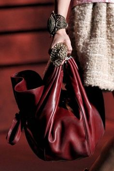 Christian Dior Fall 2011 Ready-to-Wear Fashion Show Details Look Fashion, Fashion Bags, Fashion Show, Oxblood, Burgundy Bag, Violet, Beautiful Bags, Christian Dior, Miu Miu