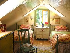 Attic Bedroom Design on Country Attic Bedroom   House Dreams Picture On Visualizeus