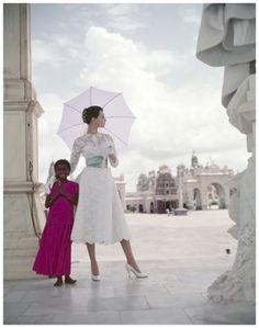 Winter sunshine wardrobe in India, 1956 Norman Parkinson