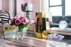 PIED A TERRE BLOG » Blog Archive » 5 Ways to Make Your Coffee Table [ and you ] Look Way More Interesting.