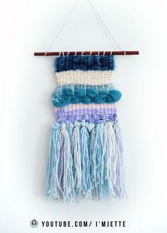 WALL HANGING TUTORIAL - weaving for beginners , In my video I show 4 super simple wall hanging designs. This is a tapestry that you can hang in your room. I will show you 4 different ideas for weavi. Photo Wall Hanging, Woven Wall Hanging, Tapestry Weaving, Loom Weaving, Wall Hanging Designs, Gifts For My Boyfriend, Diy Carpet, Pinterest Diy, Textiles