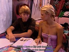 """When Paris asked a pretty reasonable question. 17 Of The Most Perfect """"Simple Life"""" Moments That Will Make You LOL Forever Paris Hilton Gif, Paris And Nicole, Belle Costume, Good Old Times, Life Moments, Hit Songs, I Icon, Mean Girls, Reality Tv"""