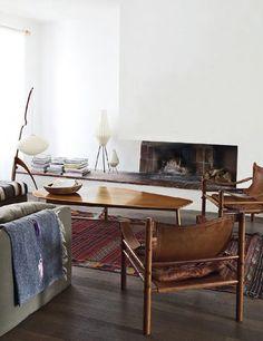 gotta love those safari chairs Home Interior, Interior Architecture, Interior Decorating, Decorating Ideas, Danish Interior, Interior Office, Interior Modern, Midcentury Modern, Living Room Inspiration