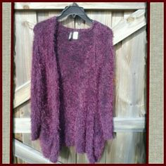 HP wine color long cardigan! ! Beautiful very soft long open cardigan with front pockets. This is truly a gorgeous cover to add style and edge to any outfit. (PRICE FIRM) H&M Sweaters
