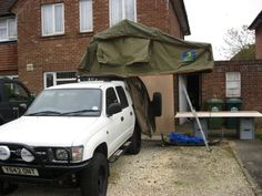 Roof tent open