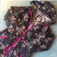 🚨SALE PRICE FIRM🚨RAIN COAT 🌸CUTE LINED RAINCOAT🌸 NWT Perfect conditions. Perfect match with Hunter Boots. Great ln rainy/cold days. ❌No stains, rips, holes or flaws. ❌Adjustable straps on the waist. This coat is lined in the inside. Water resistant. 🐶🔝Kiki is a top seller 🐶Item#4.        💗Condition: New with tags 💗Smoke free home 💗No trades 💗No returns 💗No modeling  💗Shipping next day 💗OPEN TO reasonable OFFERS  💗BUNDLE and save more Mossimo Supply Co Jackets & Coats Utility…