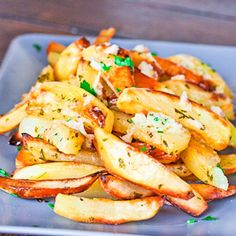 Roasted Potatoes With Garlic Sauce – best roasted potatoes you will ever eat. The garlic sauce makes all the difference.