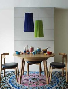 Retro style dining chairs that tuck neatly under the table (Heals)