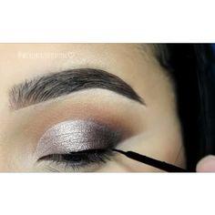 Gostaram? Marque as amigas para seguirem nossa pagina tambem  @videosfashions  _ Like it? Tag your friends. _ #tutorial @wickedbeautification #eye