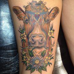 kmfxvx: amyvsavage: Half healed, half fresh & one shiny indoor pic :( damn these dark evenings! But thanks loads @Karli Edge I am SO in l... Cow Tattoo, Tattoo Skin, Feminine Thigh Tattoos, Vegan Tattoo, Love Tattoos, Tatoos, Amazing Tattoos, Tattoo Motive, Vegan Animals