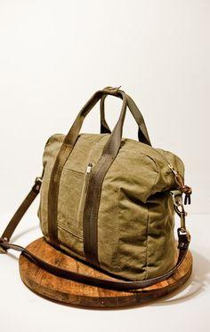 Etsy handmade slim flight bag from Matt Hallenberger