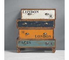 Dekorative Kommode mit Vintage-Charme - ein toller Blickfang €175