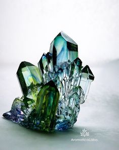 クラスターオルゴナイト | 新潟 手作り石鹸の作り方教室 アロマセラピーのやさしい時間 Natural Crystals, Stones And Crystals, Natural Gemstones, Minerals And Gemstones, Rocks And Minerals, Rocks And Gems, Pictures, Earth, Color
