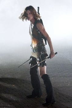Still of Milla Jovovich in Resident Evil: Apocalypse (2004)