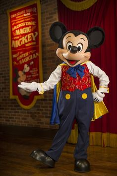 Talking Mickey!! Magician Mickey Mouse at Town Square Theater in Magic Kingdom Park