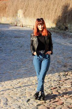 Get this look: http://lb.nu/look/8712407  More looks by Karolina K: http://lb.nu/karuzela  Items in this look:  Stradivarius Mom Jeans   #casual #edgy #grunge #momjeans