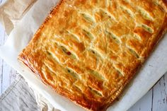 Delicious Creamy Chicken Pie With Puff Pastry - Easy Dinner - By One Kitchen Creamy Chicken Pie, Chicken And Pastry, Puff Pastry Recipes, Italian Recipes, Real Food Recipes, Chicken Recipes, Love Food, Foodies, Brunch