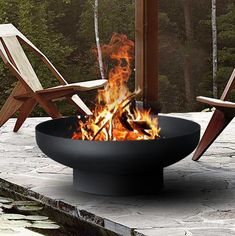 Camping Fire Pit, Fire Pit Backyard, Fire Pit Uses, Large Fire Pit, Cool Fire Pits, Garden Makeover, Outdoor Products, Black Fire, Iron Steel