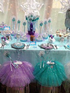 Frozen party ideas. December Special- 30% OFF Queen Frostine Princess Party from My Princess Party to Go. Inspired by FROZEN. http://www.myprincesspartytogo.com #frozenpartyideas #disneyfrozenparty