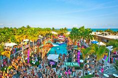 A Pool Party at the Winter Party Festival in South Beach #wpf #winterparty #southbeach #miamibeach #poolparty #winterpartyfestival