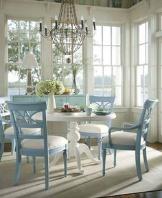 Cottage style dining room furniture - large and beautiful photos. Photo to select Cottage style dining room furniture Pedestal Dining Table, Dining Chairs, Dining Area, Room Chairs, Round Dining, Round Tables, Sunroom Dining, Small Dining, Small Sunroom
