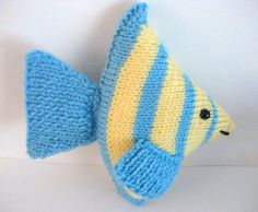 Angel Fish Knit Amigurumi Pattern project on Craftsy.com by Amy Gaines