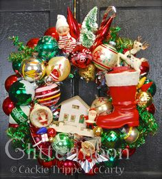 Child's Play Wreath by Glittermoon Vintage Christmas